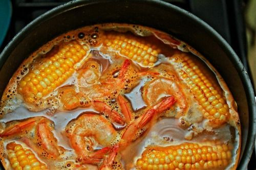 Seafood Boil Recipe | Low-Country Shrimp Boil with Spicy Remoulade ...