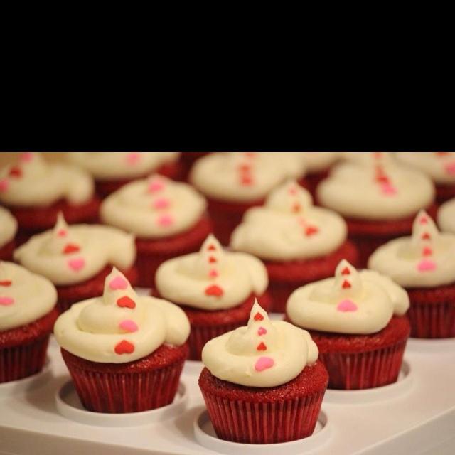 ... heart cookies linzer heart cookies bleeding heart cupcakes bloody