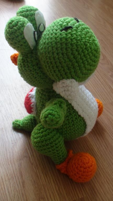Crochet Patterns Yoshi : crochet yoshi yarnXcore Pinterest
