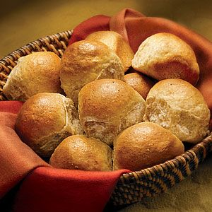 Classic whole wheat dinner rolls - Get baking success every time with ...