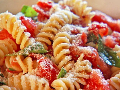 Pasta with Fresh No-Cook Tomato Sauce | Food | Pinterest