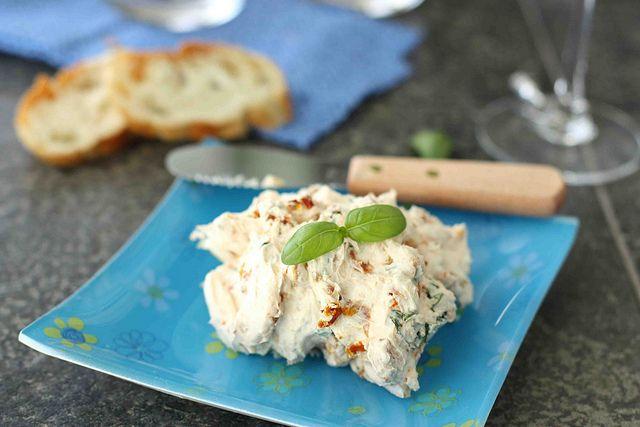 Sun-Dried Tomato & Basil Cream Cheese Spread | Recipe