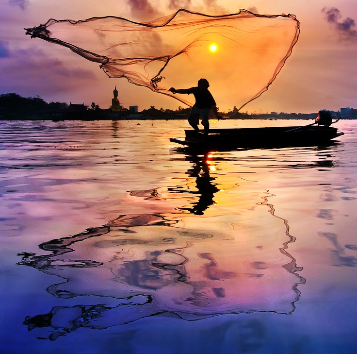 Fisherman @ Thailand.  by Arthit Somsakul