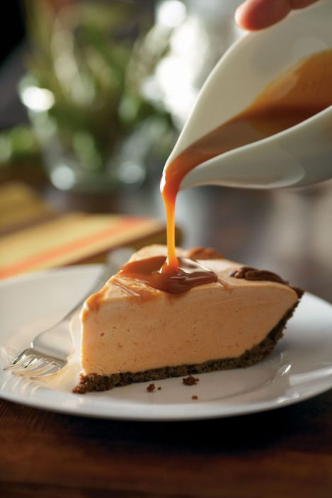 Thanksgiving Dessert And Celebration Ice Cream Dessert Cake Recipes ...