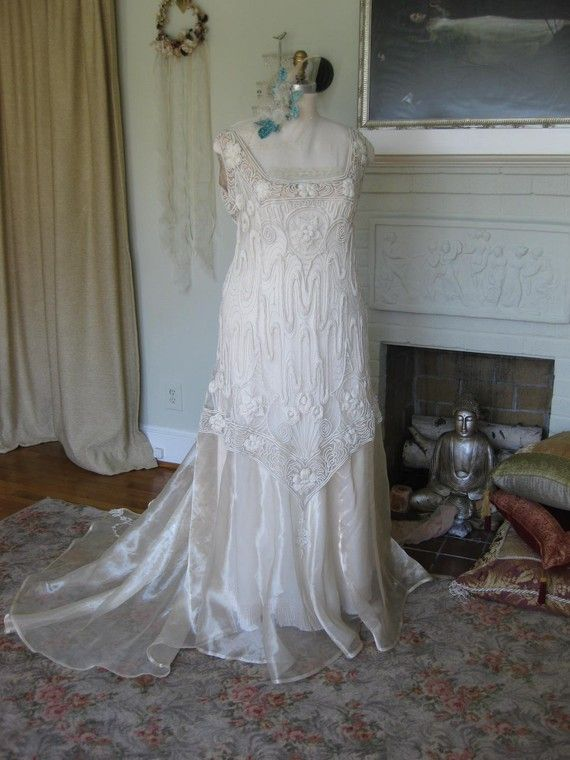 Paris Art Nouveau Antique Lace And Metallic Silk Organza Wedding Gown
