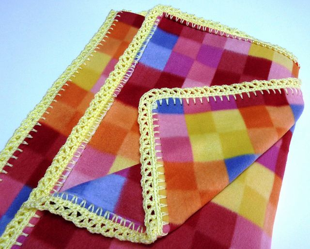 Crocheting Edges On Fleece Blankets : Crochet Edge Fleece Blanket Crochet borders Pinterest
