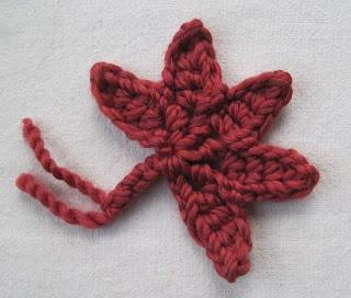Maple Leaf Applique- Crochet Tutorial