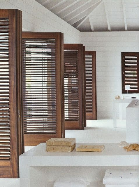 ARTICLE + GALLERY: The Chameleons of Interior Design: Louvered Doors