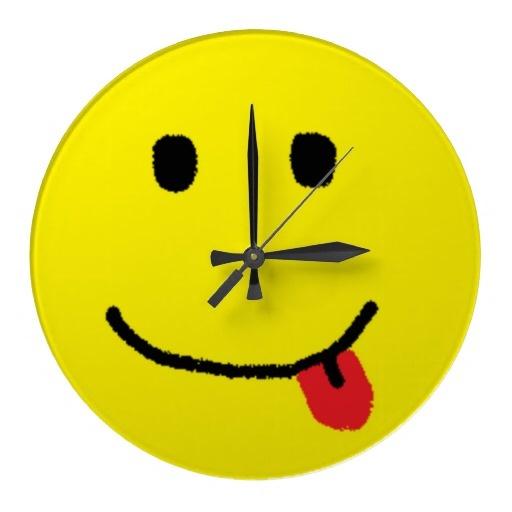 wall clocks: pinterest.com/pin/124200902195587703