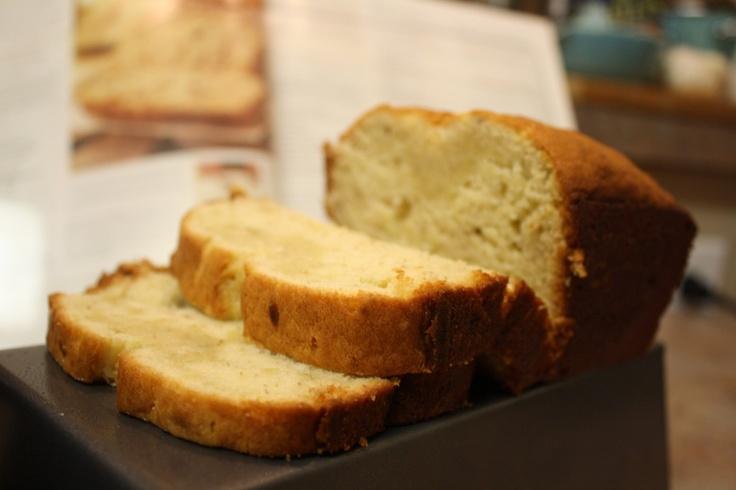 Cream cheese banana bread. | Good Eats | Pinterest