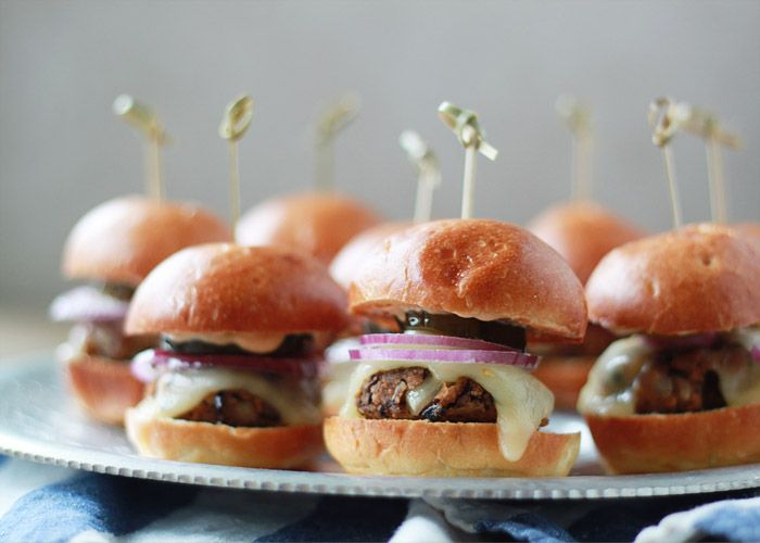 Buffalo Sliders With Chipotle Mayonnaise Recipe — Dishmaps
