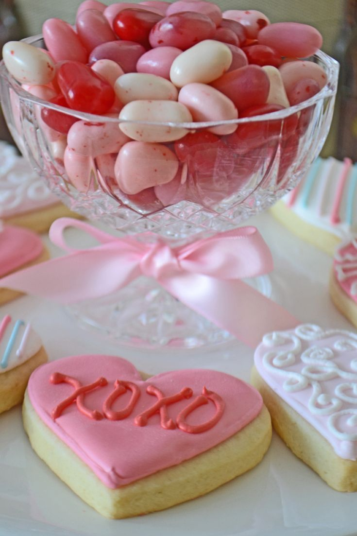 valentine's day mini heart cakes