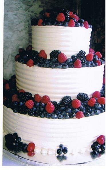 how to keep a fruit cake fresh