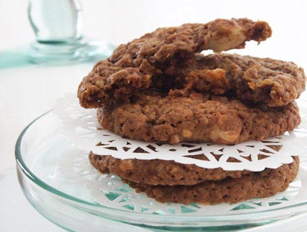 Caramel Cashew Cookies   Cookies   Pinterest