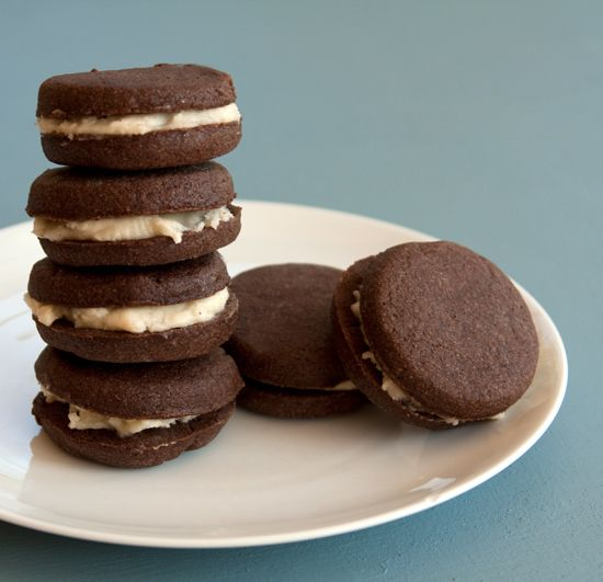 chocolate shortbread sandwich cookies | Noms: Decadent | Pinterest