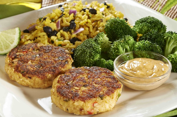 ... crab cakes crab and corn cakes grilled crab cakes with old bay aioli