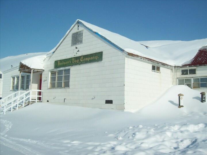 iqaluit nunavut post office