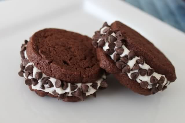 Cannoli cream cookie sandwich | Yummy Sweets and Treats | Pinterest