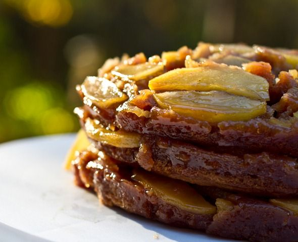 Spiced Apple Upside Down Cake | cakes | Pinterest