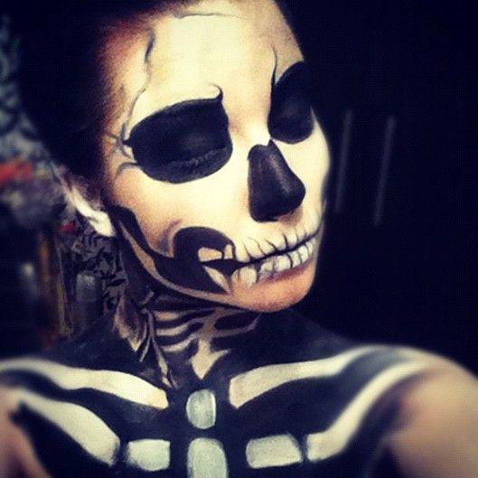 instagram halloween with dagi