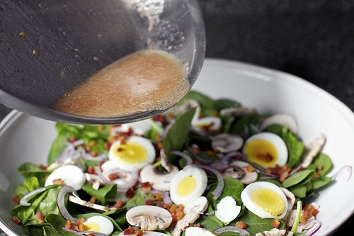 spinach salad with warm bacon vinaigrette from smittenkitchen.com
