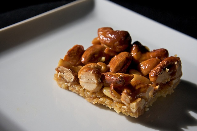 Shutterbean's honey nut bars (with pine nuts!)