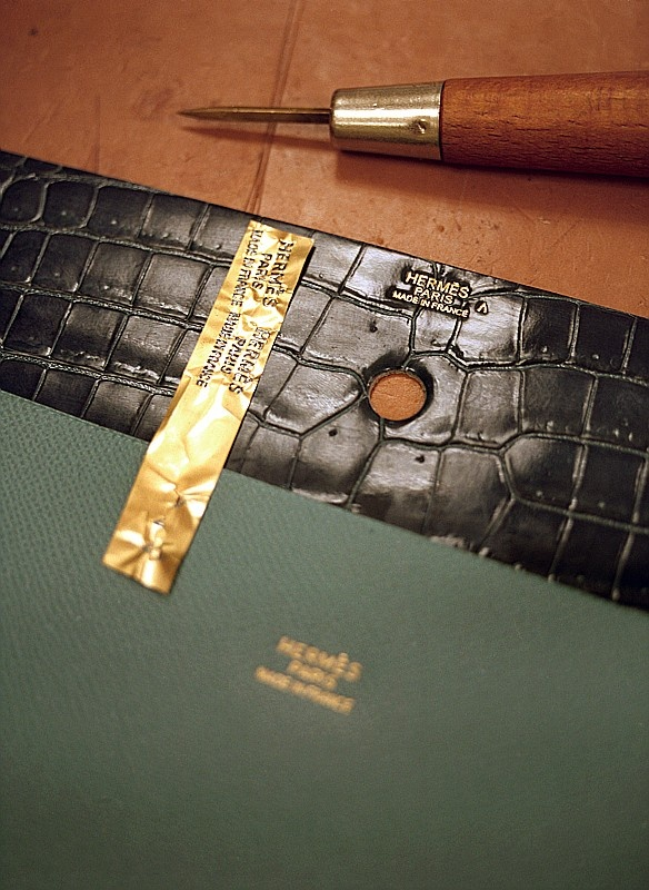 Hermès leather workshop. #hermes #sensitive #branding