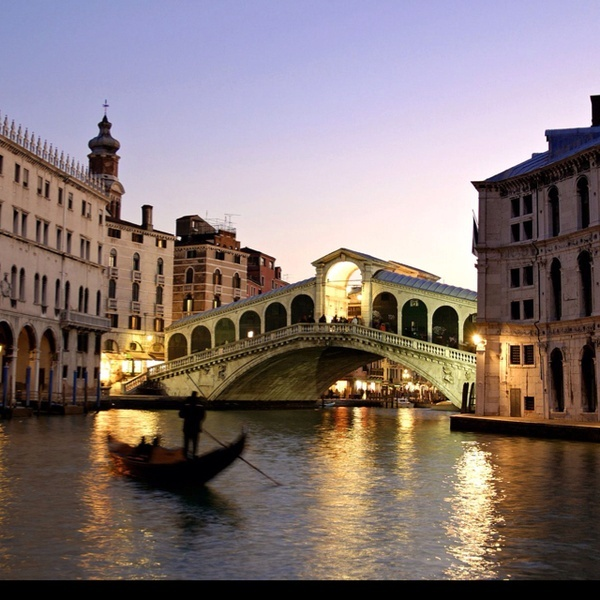 Venice, Italy http://media-cache3.pinterest.com/upload/252272016597027504_LTQLjIgU_f.jpg tbabyxtribe places