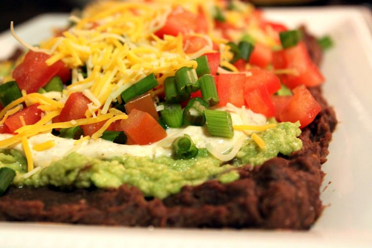 Guilt-Free, Healthy 7 layer bean dip | yummy | Pinterest