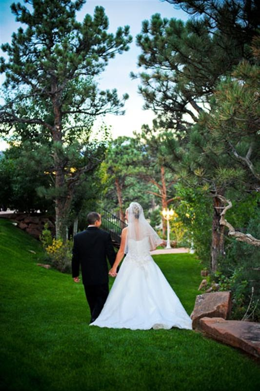 Rocky Mountain wedding a secluded romantic ceremony site!  Lionscrest