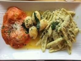 Pasta Mista (Ravioli with Ricotta-Spinach-Stuffing in Tomato Sauce ...