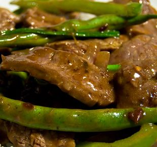 Beef, Green Beans & Squash Stir Fry | Choppin' Broccoli..... | Pinter...