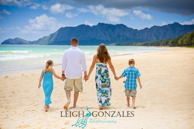 Hawaii Beach Family Portrait Ideas http://pinterest.com/pin/130956301637415572/