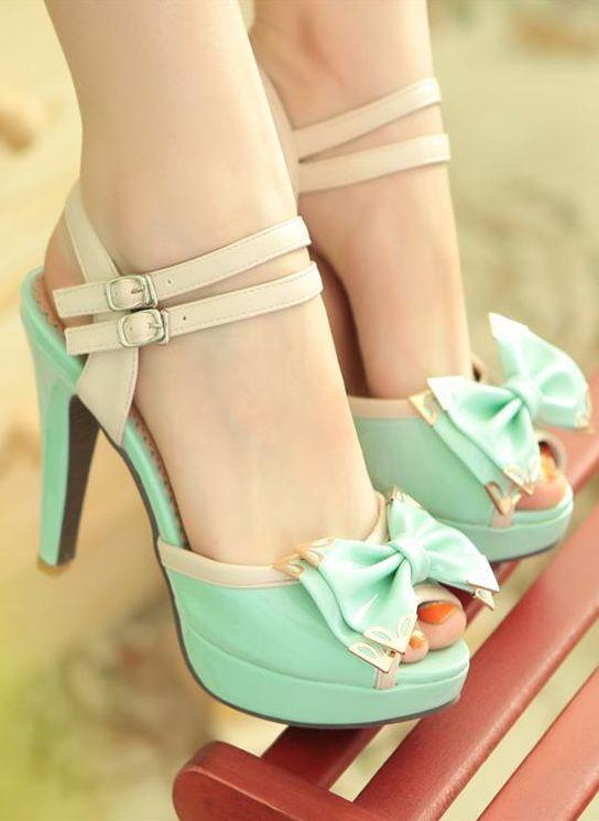 Gorgeous Bright Cute Bow Heels