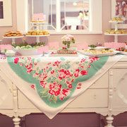 love the use of the vintage tablecloth
