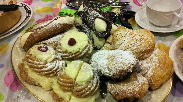 New York Pastries | Delicious Desserts | Pinterest