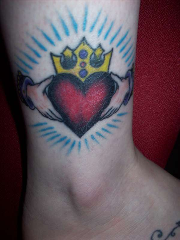 Claddagh tattoo tats pinterest for White heritage tattoos