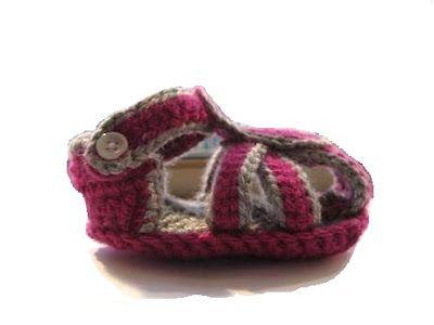 Crochet Dreamz: Crochet Slippers for Boys or Girls (pdf