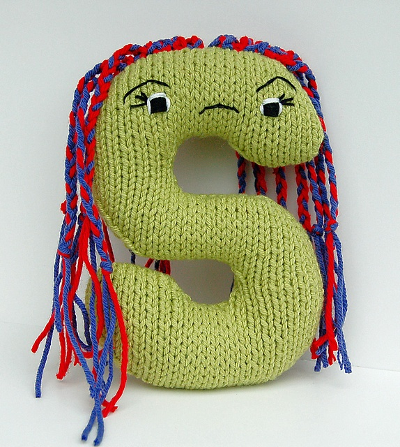 Letter S - Alphabet Plush Toy Knitting PATTERN - Shemika pattern by D?