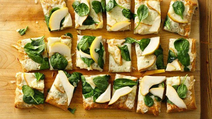 Pear and Gorgonzola Pizza | Recipe