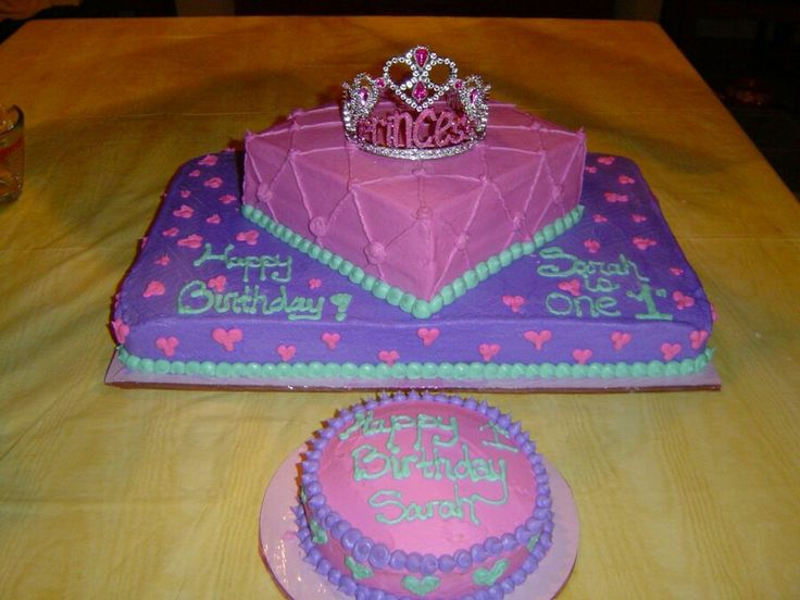 Princess 2 layer cake cake decorating ideas pinterest for Decoration layer cake