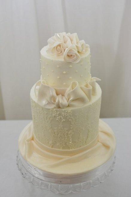 Simple White Wedding Cake | Cakes | Pinterest