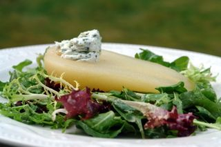 poached pear and goat cheese salad...ballah!