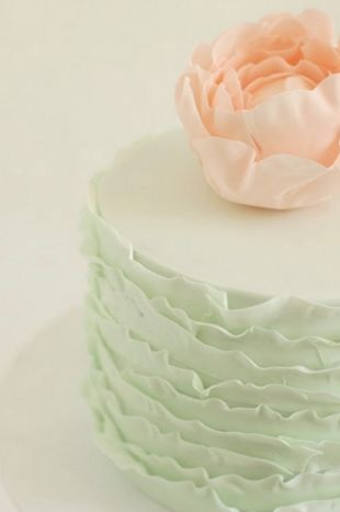 Mint and peach wedding cake #Mint / pastel green Wedding Reception ... Wedding ideas for brides, grooms, parents & planners ... https://itunes.apple.com/us/app/the-gold-wedding-planner/id498112599?ls=1=8 … plus how to organise an entire wedding ♥ The Gold Wedding Planner iPhone App ♥