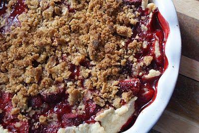 Rhubarb+pie+ +close+up Strawberry Rhubarb Pie with Sour Cream Ice ...