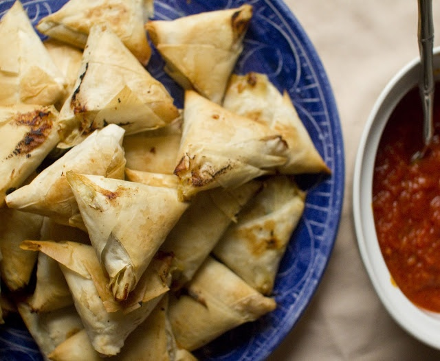 baked spinach and potato samosas baked spinach 12 bake the samosas in ...