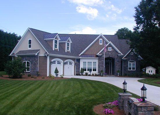 I love this Craftsman house plan...