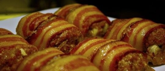 Bacon Wrapped Mini Meatloaf   Chabbalumpkin ;D   Pinterest