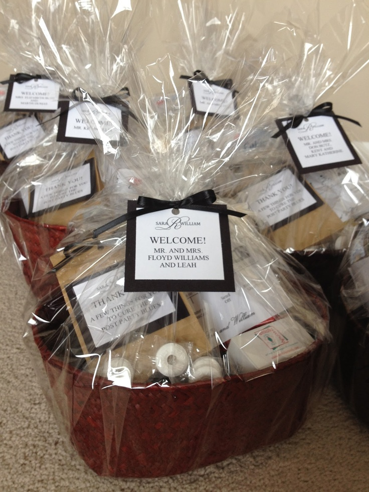 Gift Basket Ideas For Hotel Guests: Out of town guest gift bag ideas ...