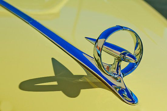 "1946 Buick Convertible ""Rocket in a Ring"" Hood Ornament"